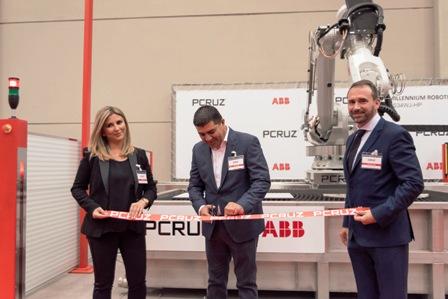 Grupo Cruz presentar sus nuevas líneas de maquinaria robotizada Millennium