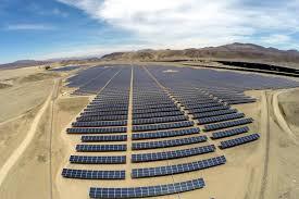 Soltec presenta en Totana una de las mayores plantas solares móviles