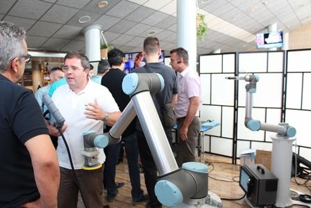 FREMM anima a las empresas a abrir la puerta a los robots