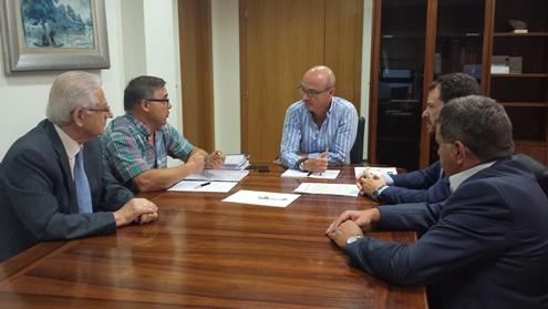 Aremur pide al consejero Hernández que apoye la Ley Regional de Energías Renovables y la defensa del autoconsumo ante el ministerio