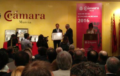 La Cámara de Comercio de Murcia distingue a Salvador Huertas y premia a BEMASA CAPS y SOLTEC