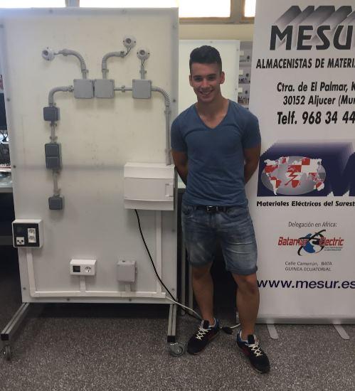 Rubén Izquierdo, alumno en FREMM, es el mejor instalador de electricidad y Telecomunicaciones joven de la Región