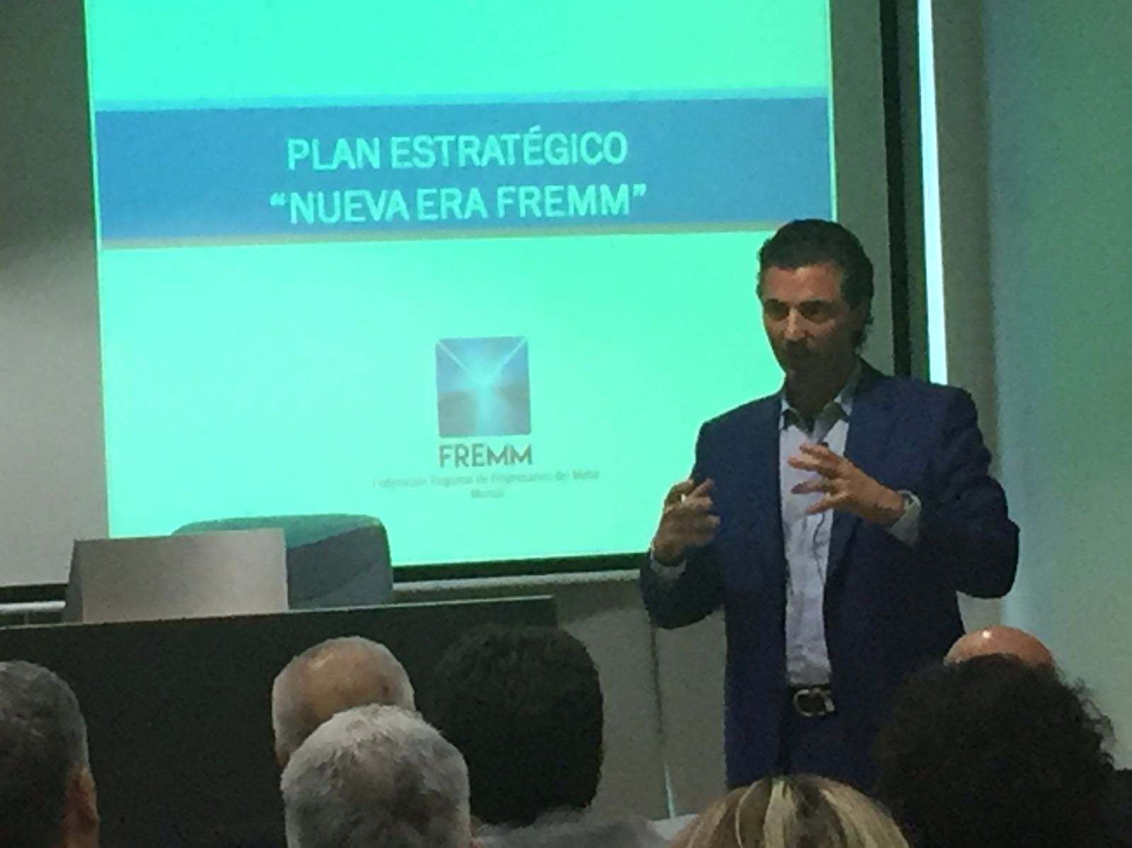 Alfonso Hernández presenta el Plan Estratégico de FREMM para posicionar a sus empresas a la vanguardia de la economía y los nuevos valores