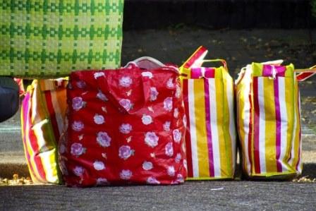 El precio de las bolsas de plástico lo fija el comerciante