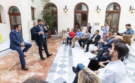 Murcia concederá ayudas de hasta el 45% a fondo perdido para incentivar la inversión de las pymes