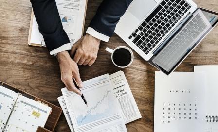 FREMM ayuda a las empresas de servicios de Industria a superar el control documental obligatorio