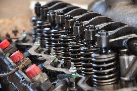 Talleres, repuestos y rectificadores atenderán solo las reparaciones de los vehículos autorizados a desplazarse
