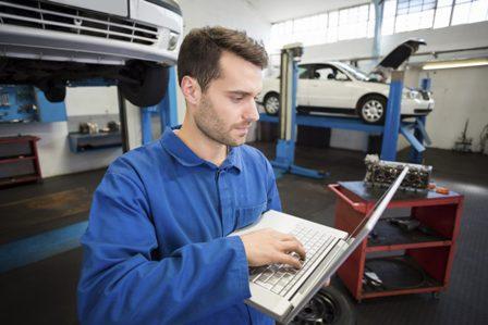 """FREMM facilitará que los talleres de automóviles se acrediten ante los fabricantes para """"acceder"""" a su información técnica"""