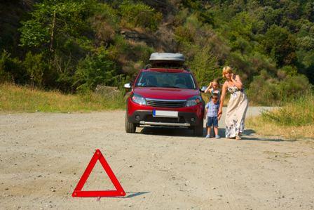 FREMM recomienda revisar el vehículo en un taller de confianza antes de salir de vacaciones