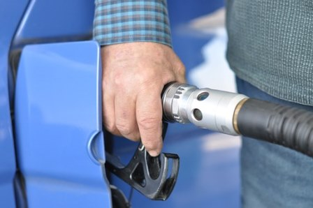 FREMM advierte al Gobierno del daño a la competitividad y el empleo que supondría para Murcia encarecer el diesel